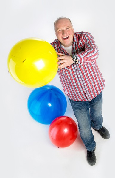 Christian-Hueser-mit-Ballons